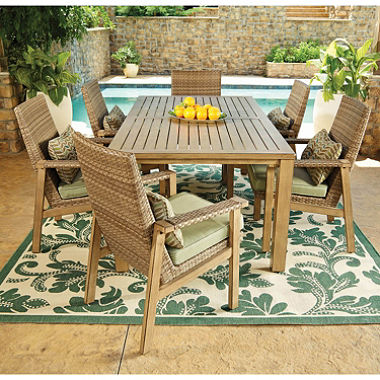 $100 off Manchester 7-Piece Outdoor Dining Set